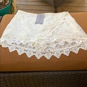 NWT Mittoshop Ivory Lace Skort size large